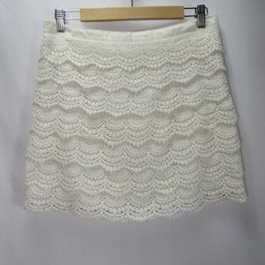 Hinge White Tiered Lace Crochet Stretch Mini Skirt